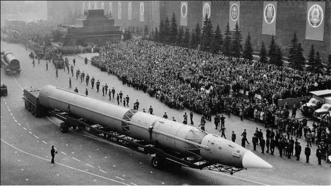Mỹ từng trải qua 40 phút tận thế vì người dân tưởng bị Liên Xô tấn công hạt nhân - Ảnh 4.