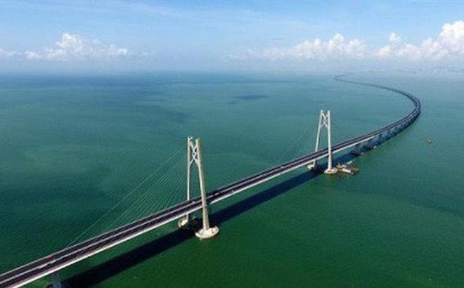 Chuyên gia lo ngại bão Mangkhut làm sập cây cầu dài nhất thế giới