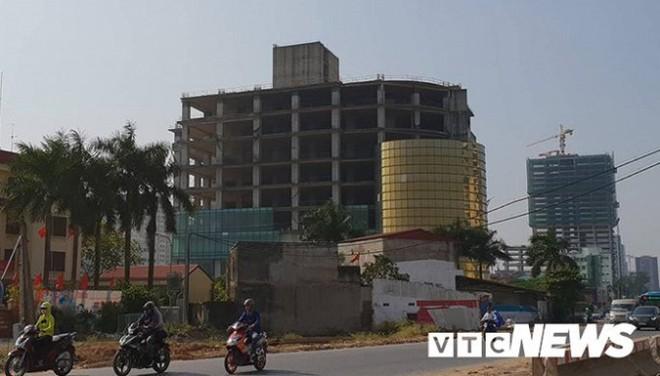 Cao ốc siêu sang trăm triệu USD ở Hà Nội phơi sương nhiều năm - Ảnh 5.