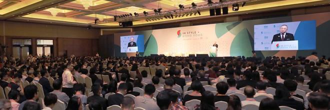 Kết nối mạnh mẽ có Thế giới theo phong 1 sốh Hong Kong - Ảnh 1.