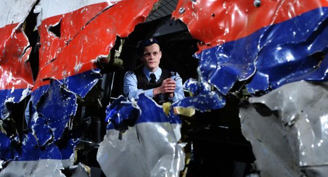 Nga tuyên bố tên lửa BUK bắn hạ MH17 sản xuất năm 1986, thuộc sở hữu của Ukraine - Ảnh 5.