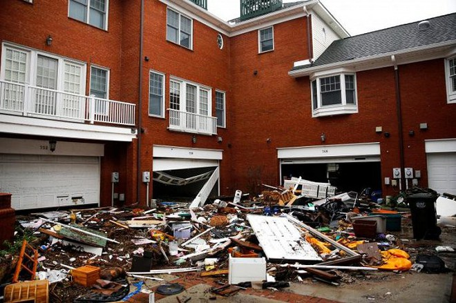 Ảnh: Bờ Đông nước Mỹ tan hoang, nước không ngừng dâng cao do bão Florence - Ảnh 10.
