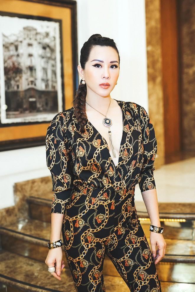 Thu Hoài, Ngọc Hân nổi bật tại sự kiện thời trang - Ảnh 2.