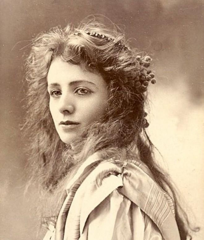 Những người phụ nữ đẹp nhất hơn 100 năm qua - có thể sẽ khiến bạn ngẩn ngơ! - Ảnh 4.
