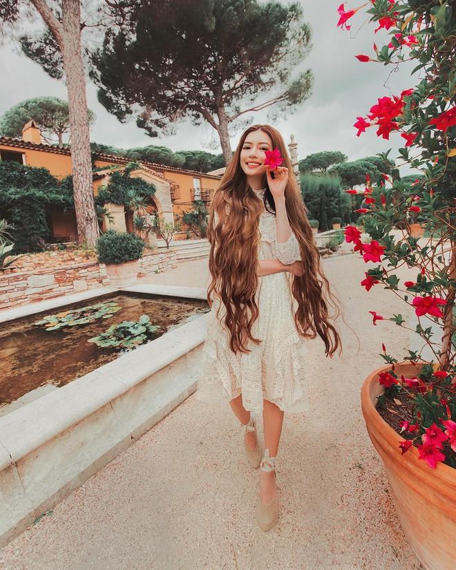 Công chúa tóc mây gốc Việt khoe ảnh du lịch toàn địa danh nổi tiếng ở Việt Nam, người thì xinh mà cảnh đẹp mê ly - Ảnh 19.