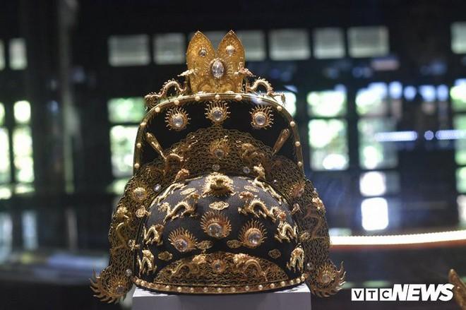 Ảnh: Rồng bay phượng múa trên cổ vật vô giá triều Nguyễn mang ý nghĩa gì? - Ảnh 3.