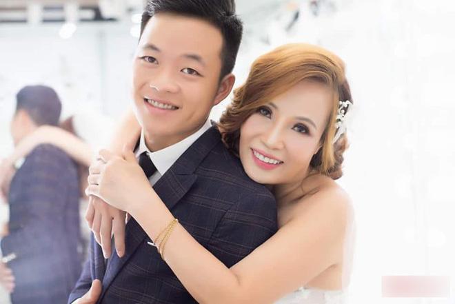 Trước ngày diễn ra đám cưới, cô dâu 61 và chú rể 26 tuổi bật mí nhiều thông tin thú vị  - Ảnh 1.