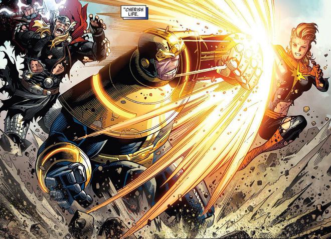 Captain Marvel có sức mạnh gì mà có thể trở thành đối trọng hùng mạnh của Thanos? - Ảnh 2.