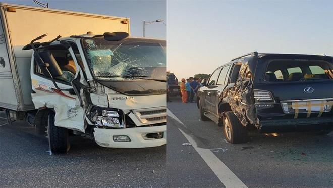Nhân chứng kể vụ tài xế Lexus biển tứ quý 8 bị xe tải đâm tử vong khi làm việc với CSGT  - Ảnh 1.