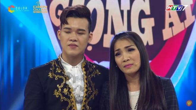 Trấn Thành bật khóc: Chị Hồng Ngọc rất muốn về Việt Nam nhưng đều phải cancel hết - Ảnh 6.