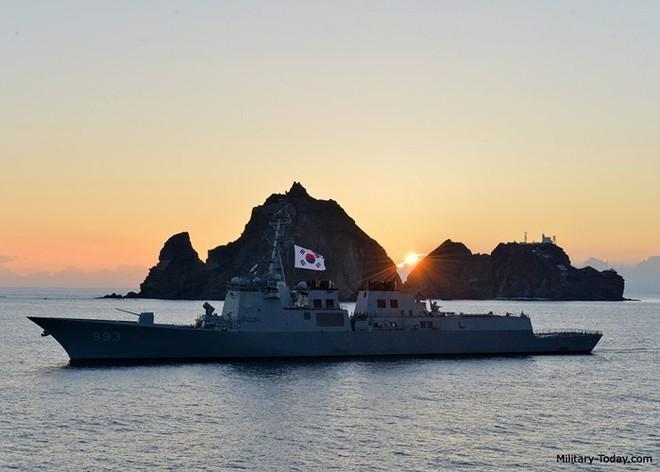 Ảnh: Sức mạnh đáng gờm của tàu khu trục Sejong Đại đế - Ảnh 8.