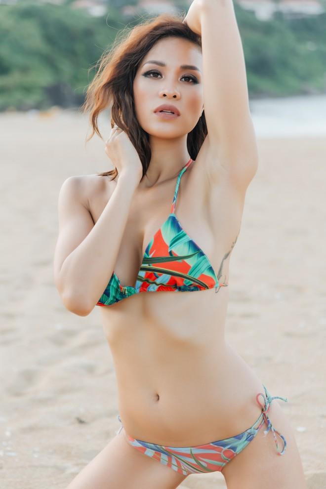 Ảnh bikini bốc lửa của siêu mẫu nổi danh một thời - Phương Mai - Ảnh 4.