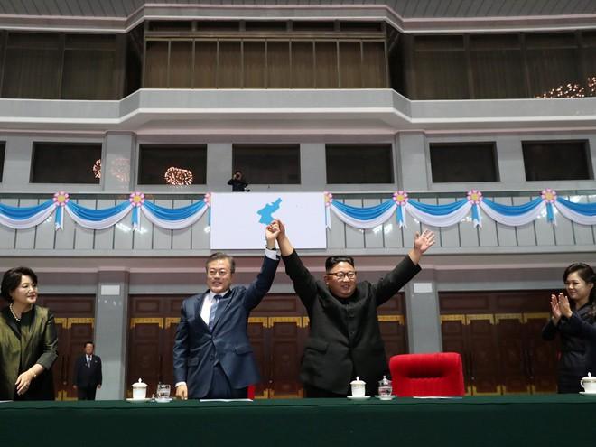 Khoảnh khắc đi vào lịch sử: Những sự kiện chưa từng có tiền lệ trong chuyến thăm Triều Tiên - Ảnh 12.