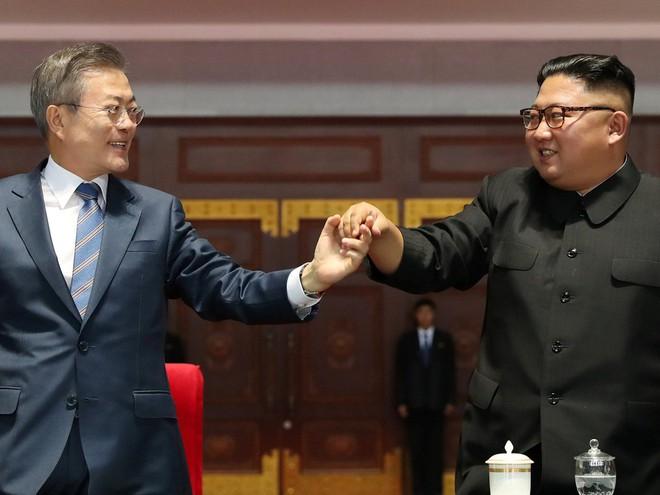 Khoảnh khắc đi vào lịch sử: Những sự kiện chưa từng có tiền lệ trong chuyến thăm Triều Tiên - Ảnh 13.