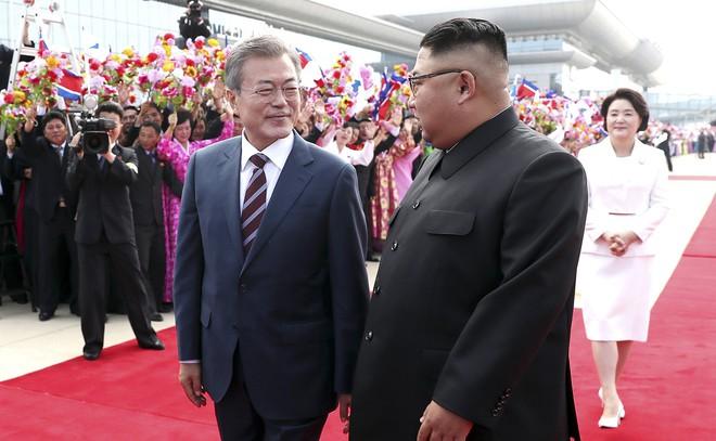 Khoảnh khắc đi vào lịch sử: Những sự kiện chưa từng có tiền lệ trong chuyến thăm Triều Tiên - Ảnh 4.
