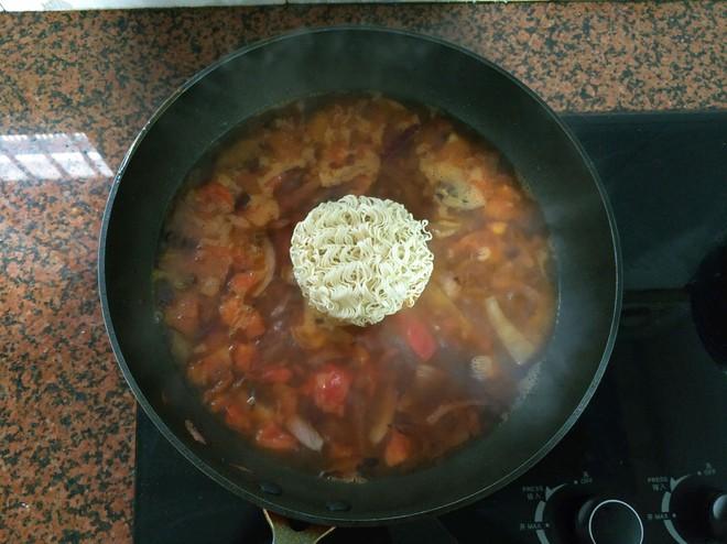 """Món mì tôm """"tầm thường"""" sẽ trở nên ngon """"đẳng cấp"""" sau khi bạn nấu theo cách này - Ảnh 5."""