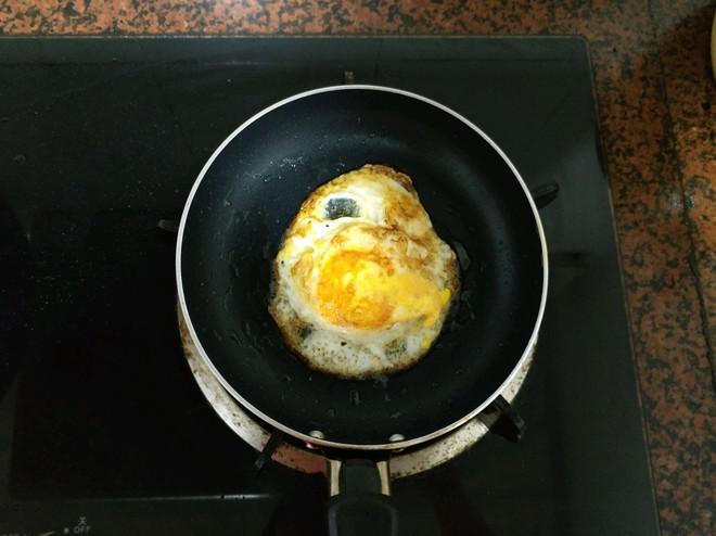 """Món mì tôm """"tầm thường"""" sẽ trở nên ngon """"đẳng cấp"""" sau khi bạn nấu theo cách này - Ảnh 7."""