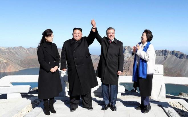 Khoảnh khắc đi vào lịch sử: Những sự kiện chưa từng có tiền lệ trong chuyến thăm Triều Tiên