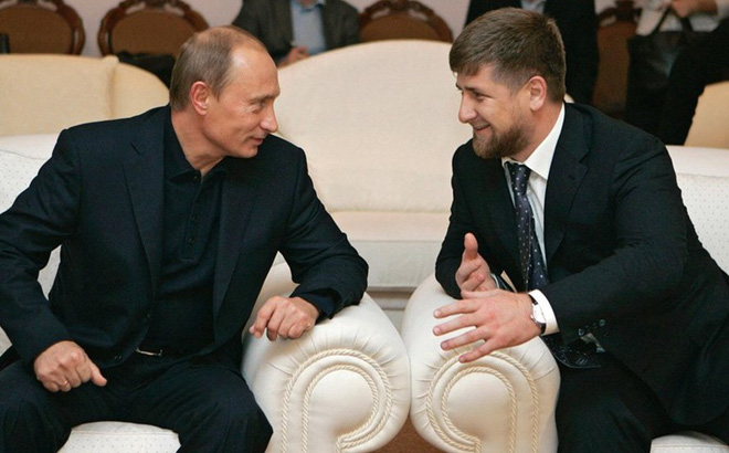 """Tổng thống Putin """"tặng"""" công ty dầu khí cho Chechnya"""