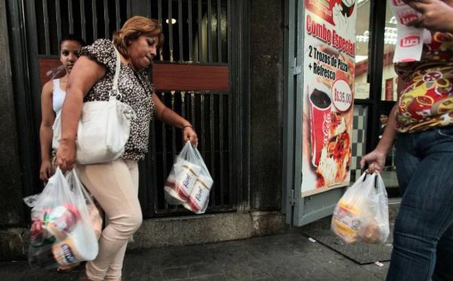 34 giám đốc siêu thị Venezuela bị bắt vì gian lận