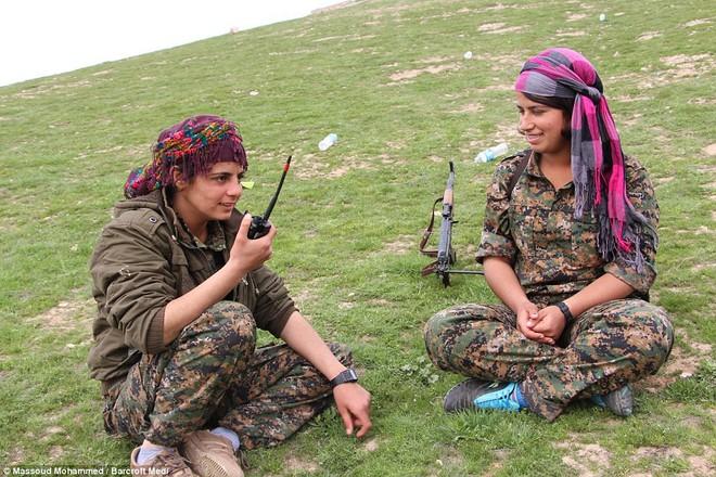 Người Kurd thổi bay đặc nhiệm của TT Putin cùng với Cấm vệ quân của Erdogan ở Syria? - Ảnh 6.