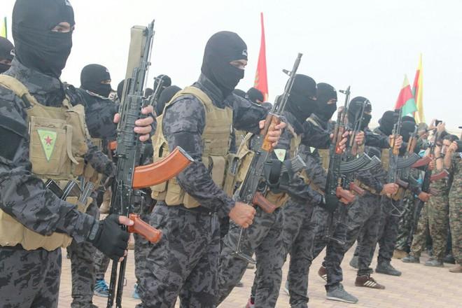 Người Kurd thổi bay đặc nhiệm của TT Putin cùng với Cấm vệ quân của Erdogan ở Syria? - Ảnh 5.