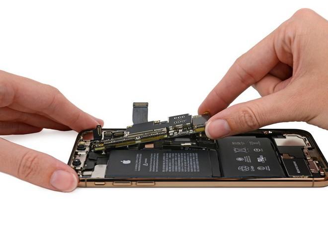 Mổ iPhone XS Max và XS: Phát hiện nhiều chi tiết Apple chưa từng đề cập - Ảnh 12.