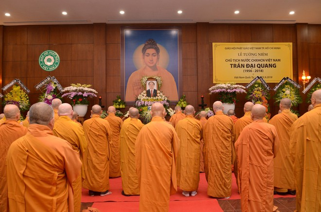 Tăng ni, phật tử TP HCM cầu nguyện, tưởng niệm Chủ tịch nước Trần Đại Quang - Ảnh 2.
