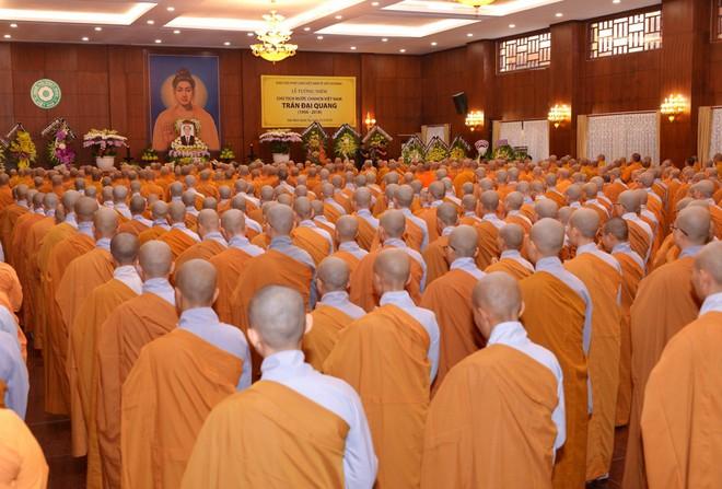 Tăng ni, phật tử TP HCM cầu nguyện, tưởng niệm Chủ tịch nước Trần Đại Quang - Ảnh 11.