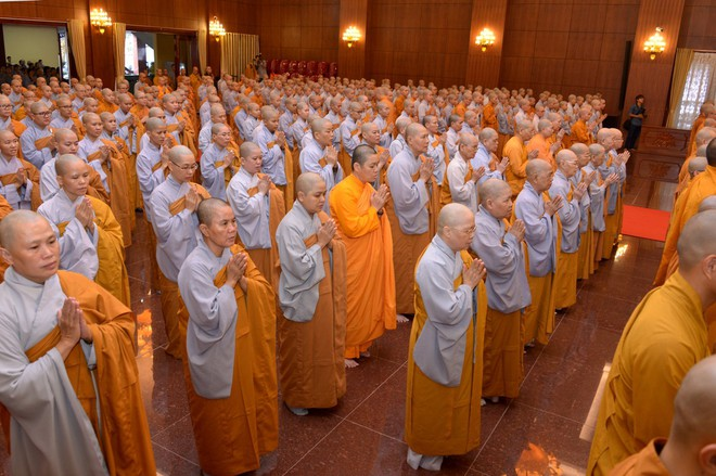 Tăng ni, phật tử TP HCM cầu nguyện, tưởng niệm Chủ tịch nước Trần Đại Quang - Ảnh 9.
