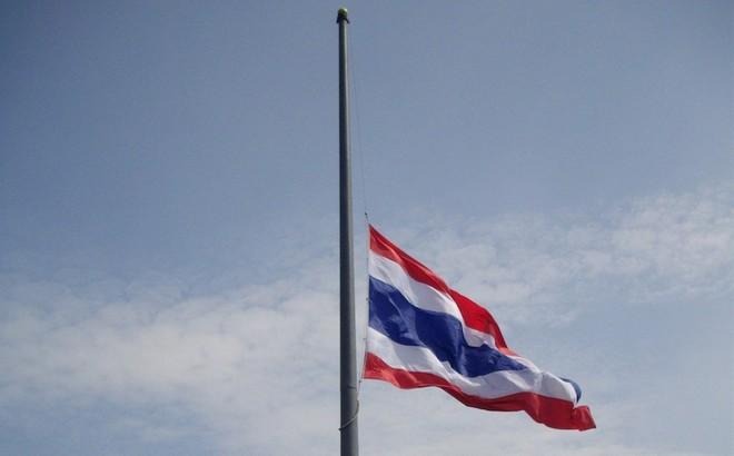 Thái Lan treo cờ rủ tưởng niệm Chủ tịch nước Trần Đại Quang - Indonesia, Hàn Quốc gửi lời chia buồn