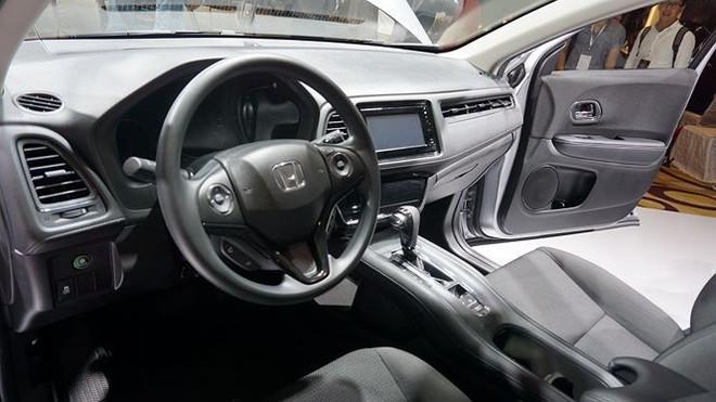 Ít tính năng, giá phân phối hãng Honda HR-V ở Việt Nam cao hơn ở Thái Lan - Ảnh 3.