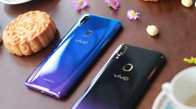 5 phút sạc, 3.8 giờ liên lạc: Vivo V11i đang là smartphone siêu tiện dụng  - Ảnh 5.