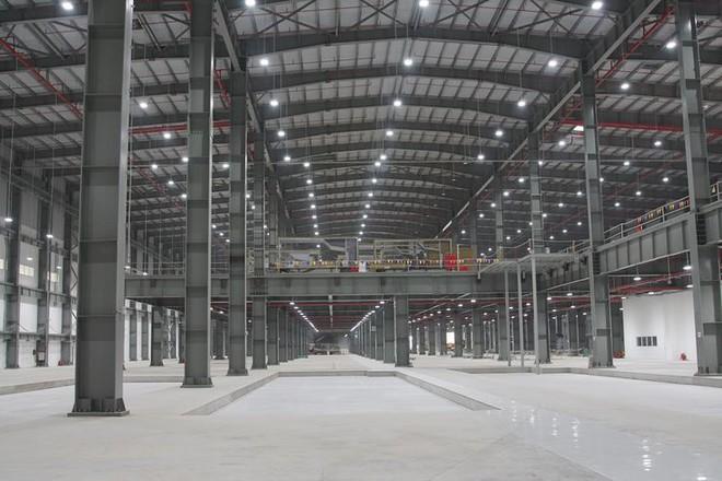 Báo Đức mở bán loạt ảnh độc nội khu nhà máy VinFast - Ảnh 5.