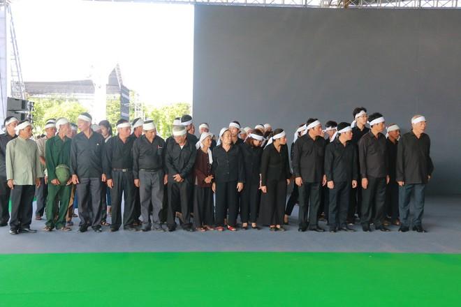 Hình ảnh lễ viếng Chủ tịch nước Trần Đại Quang tại quê nhà - Ảnh 13.