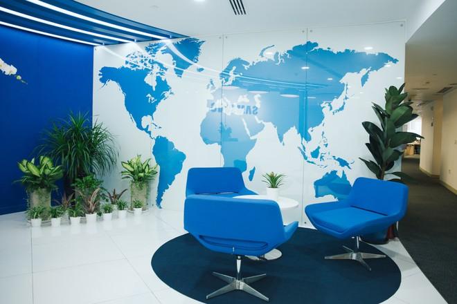 Giải mã những nơi làm việc tốt nhất Việt Nam: Cận cảnh văn phòng tuyệt đẹp của Samsung Việt Nam - Ảnh 1.