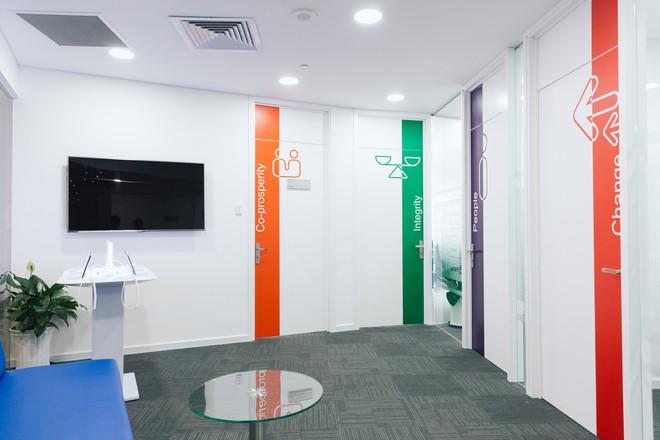 Giải mã những nơi làm việc tốt nhất Việt Nam: Cận cảnh văn phòng tuyệt đẹp của Samsung Việt Nam - Ảnh 4.