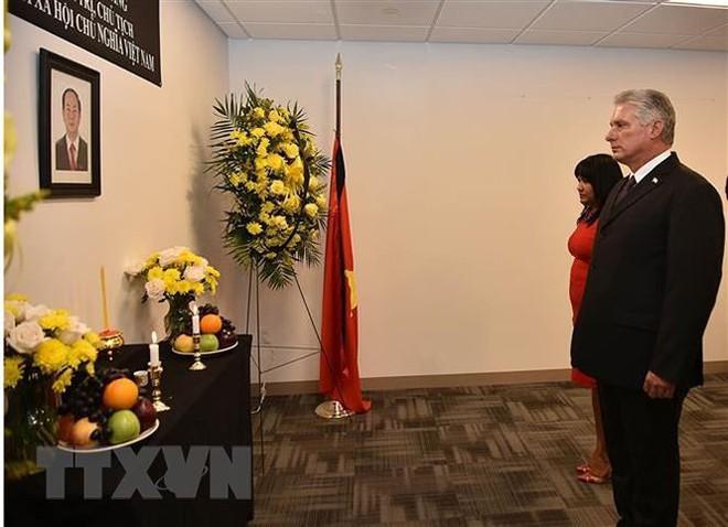 Lễ viếng và mở sổ tang Chủ tịch nước Trần Đại Quang tại LHQ - Ảnh 3.