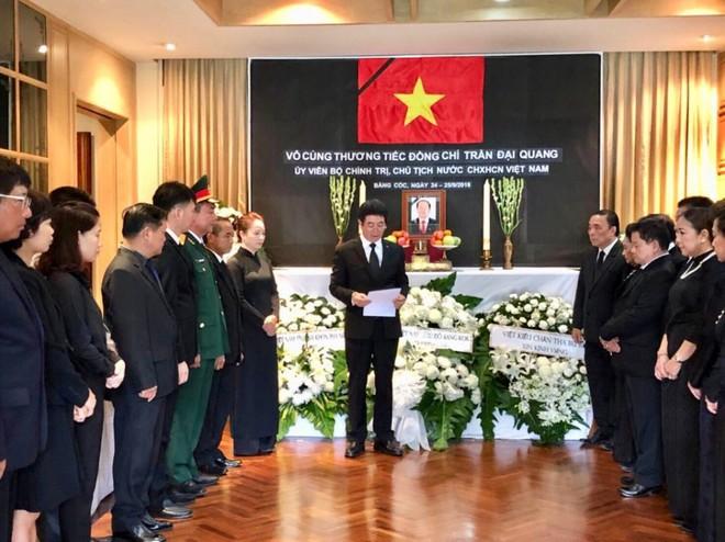 Thủ tướng Thái Lan Prayut Chan-ocha viếng cố Chủ tịch nước Trần Đại Quang - Ảnh 4.