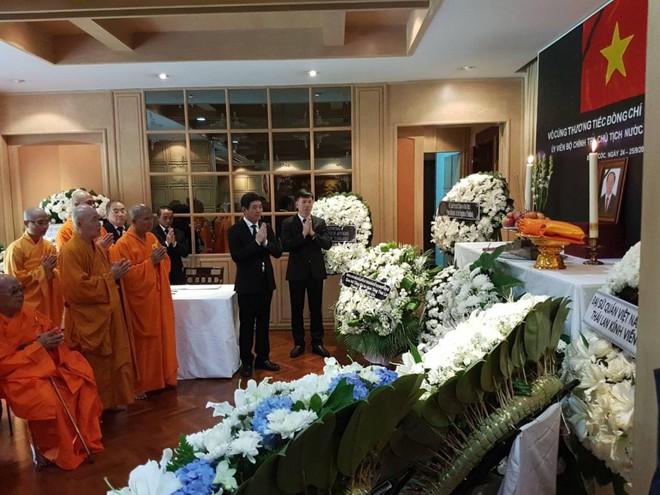 Thủ tướng Thái Lan Prayut Chan-ocha viếng cố Chủ tịch nước Trần Đại Quang - Ảnh 6.