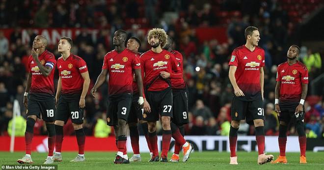 Thật đáng buồn khi phải thừa nhận, thời của Mourinho đã hết - Ảnh 2.