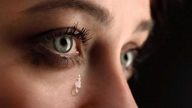 7 lý do gây nên tình trạng chảy nước mắt không thể tự kiềm chế - Ảnh 1.