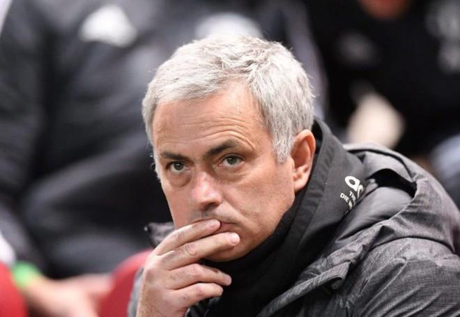 Thật đáng buồn khi phải thừa nhận, thời của Mourinho đã hết - Ảnh 3.