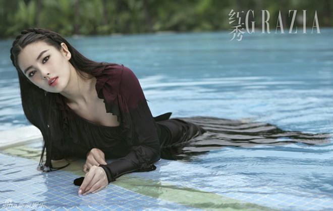 Mỹ nhân phim Châu Tinh Trì: Đẹp nóng bỏng vẫn khổ vì chồng, 2 lần ly hôn trong đau đớn ê chề - Ảnh 2.