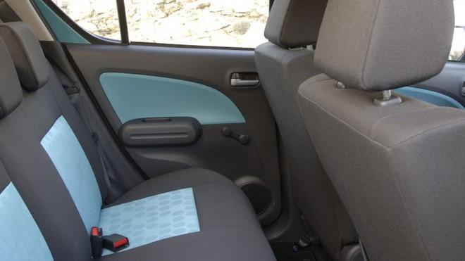 10 món đồ rất quen thuộc trên những chiếc ô tô đời cũ, nếu biết được chắn chắn bạn đã già - Ảnh 1.