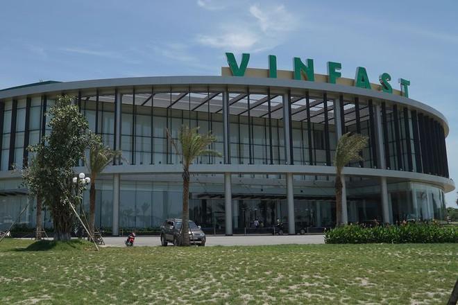 Trước giờ G ở Paris Motor Show: Nhìn lại 12 tháng một vàih tân của VinFast ở Hải Phòng - Ảnh 15.