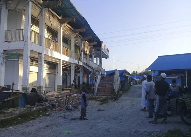 Ảnh: Indonesia tan hoang sau thảm họa động đất, sóng thần - Ảnh 8.