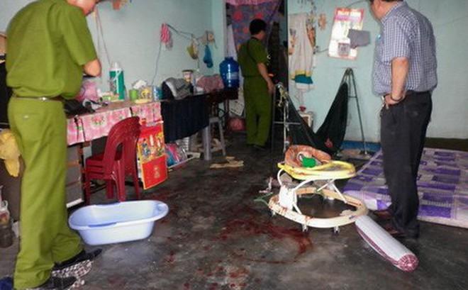 Người đàn bà đâm con trai 2 tuổi tử vong trong nhà nghỉ rồi cắt tay tự tử