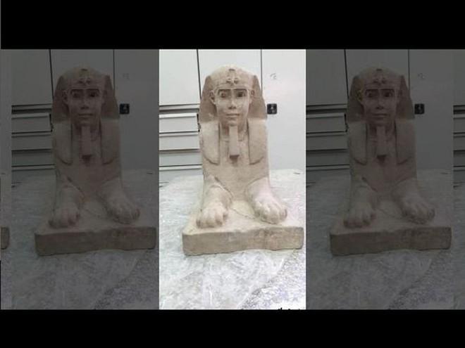 Tượng nhân sư tuyệt đẹp được phát hiện tại ngôi đền Ai Cập cổ đại - Ảnh 2.
