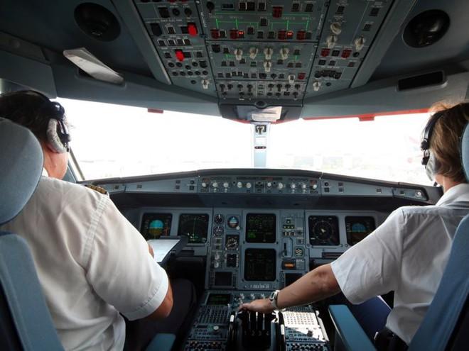 Cười bò với những lý do kì quặc khiến các chuyến bay buộc phải quay đầu - Ảnh 3.